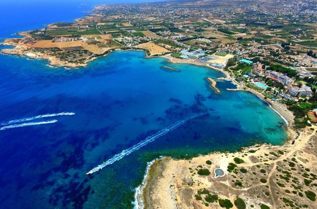 Урок пилотирования самолета на Кипре