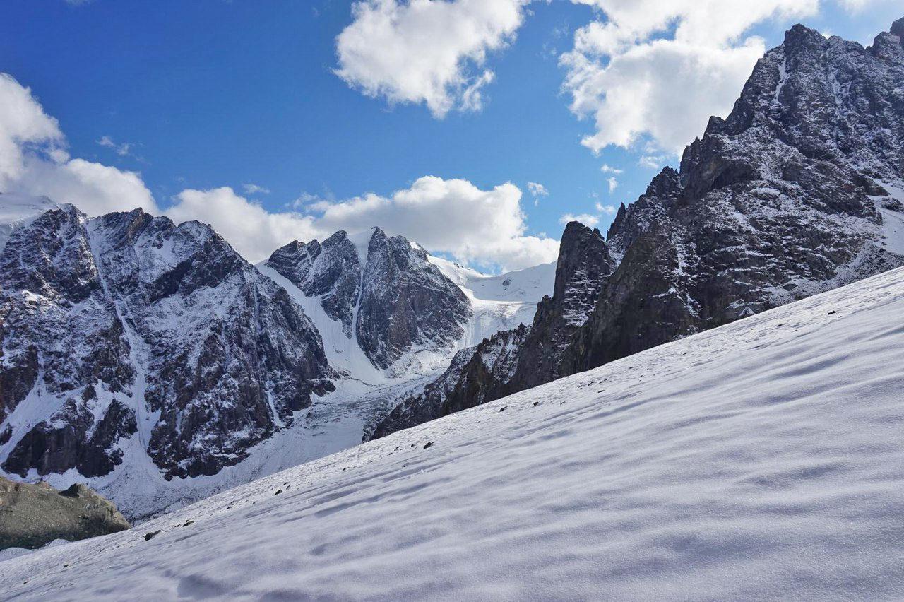 К ледникам Актру