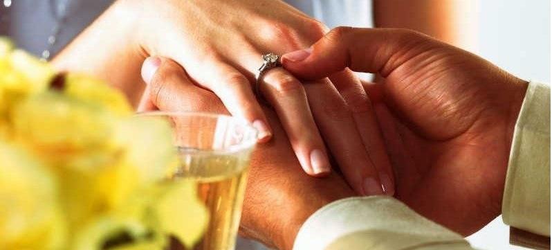 Предложение руки и сердца. Романтический ужин