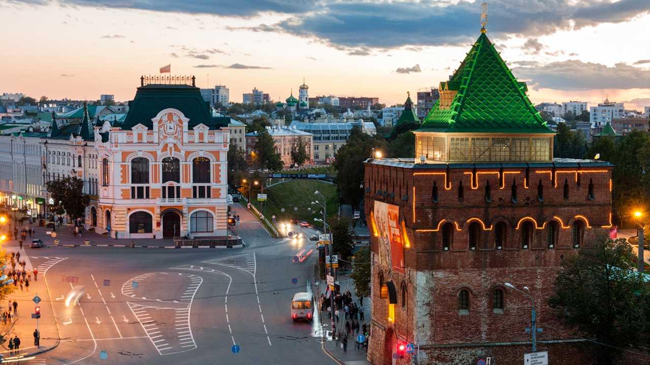 Вечерний Нижний Новгород (автобусно-пешеходная)