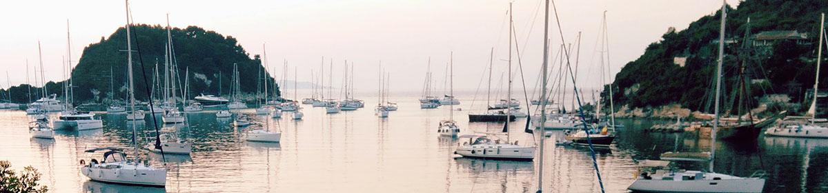 Прогулка на парусной яхте на Корфу