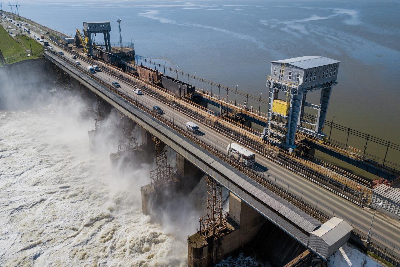 Экскурсия в поселок Новосибирской ГЭС