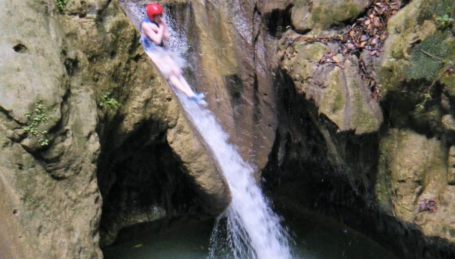 27 водопадов + Сантьяго