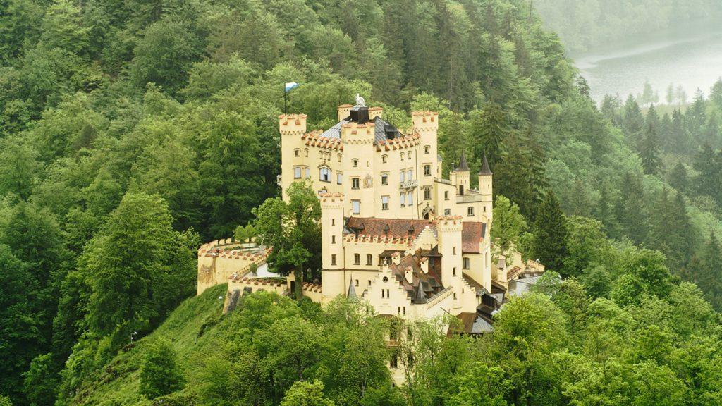 Замки Баварии: Нойшванштайн и Хоэншвангау
