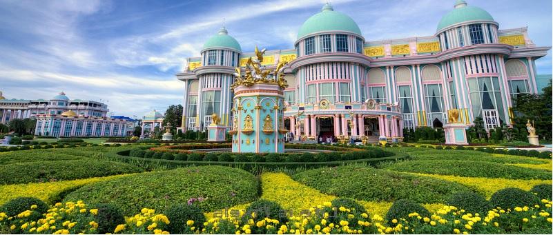 Дворец Бан Сукхавади