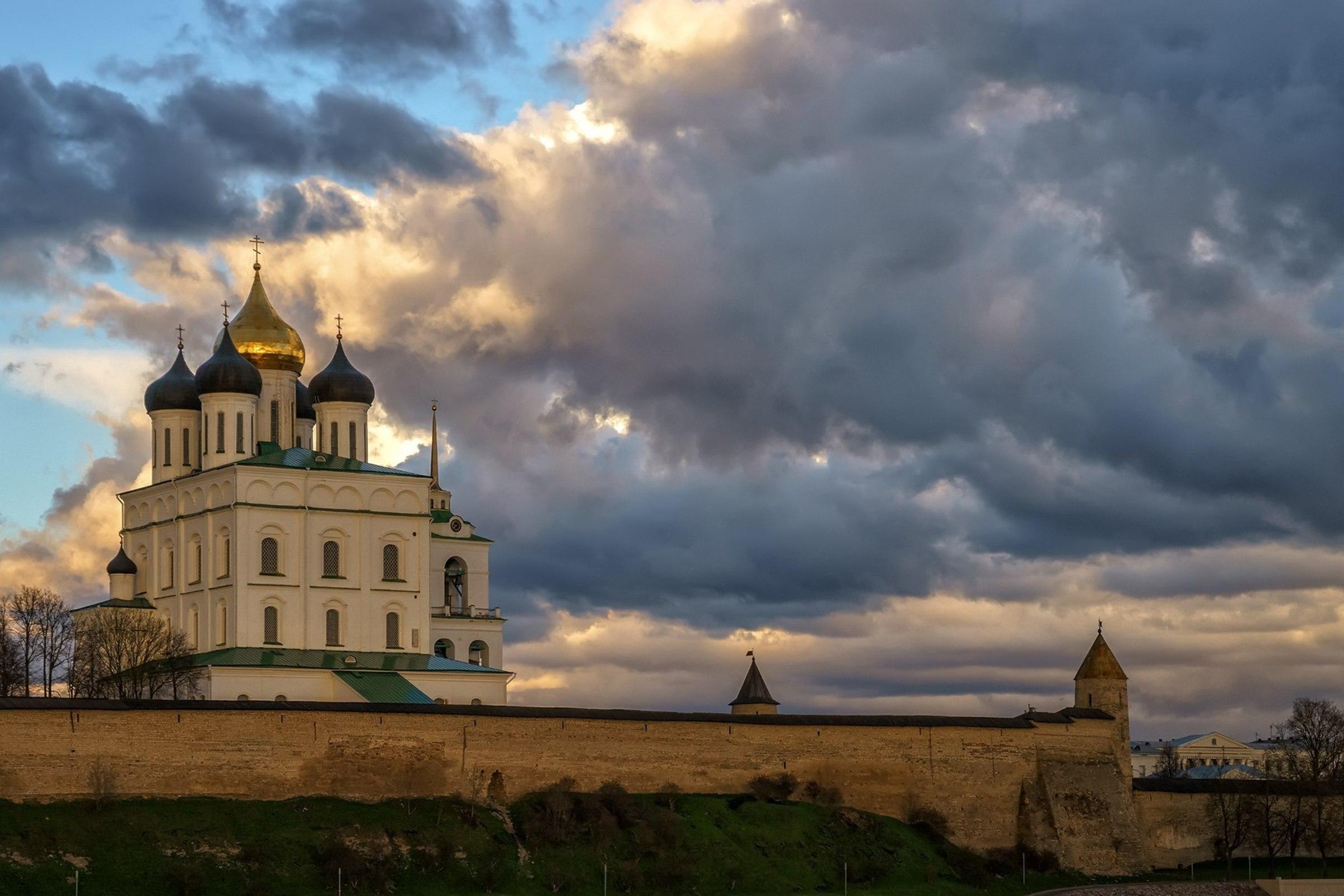 Пешеходная экскурсия по Кремлю и центру города