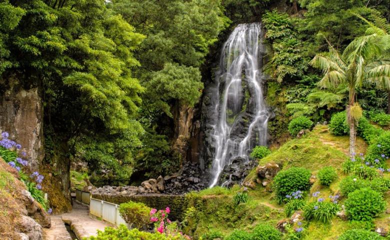 Нордеште, Повоасао, водопад «Фата невесты».