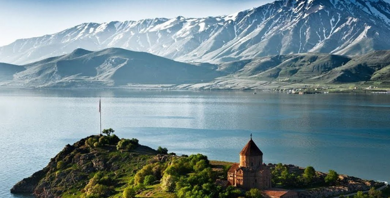 Озеро Севан-Дилижан-Монастырь Агарцин и Гошаванк