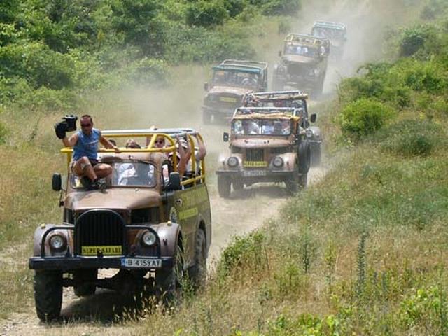 Jeep Safari (Джип сафари на Mitsubishi Pajero)