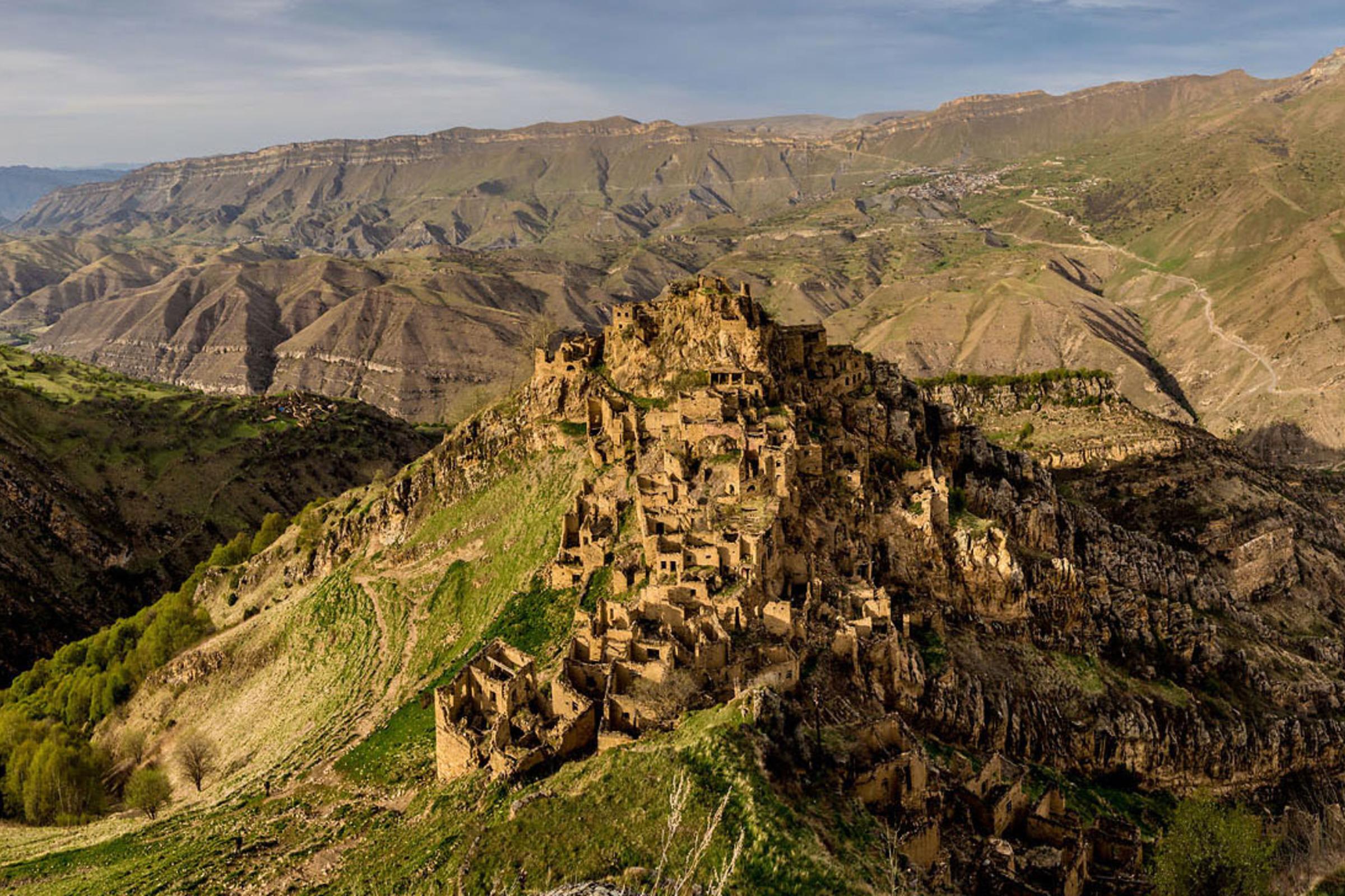 Аул-призрак Гамсутль и древнейшее село Чох