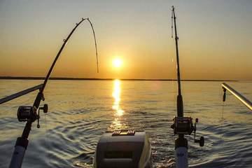 Там где рыба клюёт и ветер поёт! Рыбалка на море