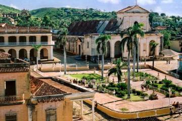 Три колониальных города