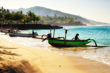 По популярным пляжам Букита