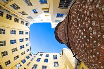 Необыкновенные дворики Петербурга
