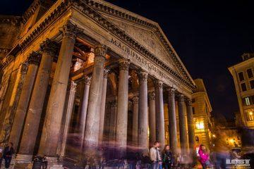 Экскурсия по ночному Риму