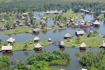 Гуама: индийская деревня, крокодилы, карибский пляж