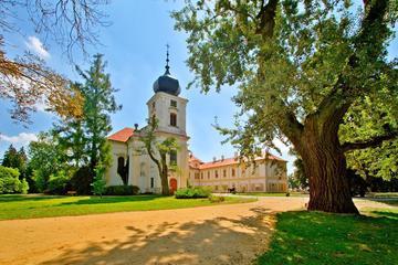 Замок Лоучен и Лидице