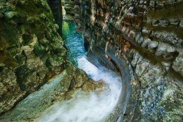Индивидуальная экскурсия на 27 водопадов