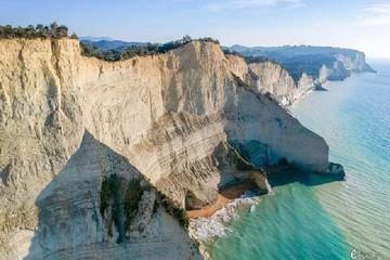 Живописная экскурсия по Северо-Западному побережью острова Корфу