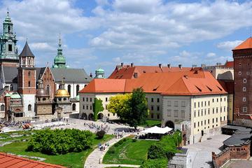 Королевский замок на Вавельском холме и «Подземный музей Рыночной площади»