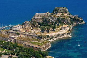 Памятники и святыни Корфу