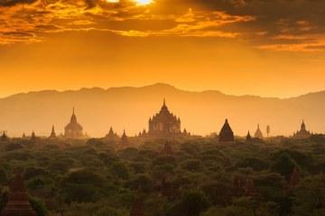 Экскурсия в Мьянму (Бирму) (2 дня / 1 ночь)